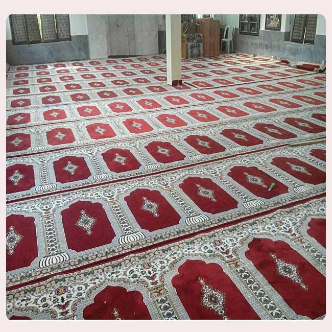 * مسجد